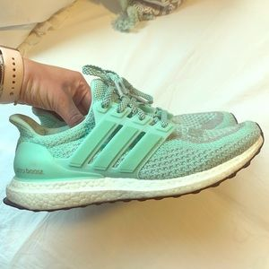 Women's Limted Edition NYC Ultraboost Mint Green